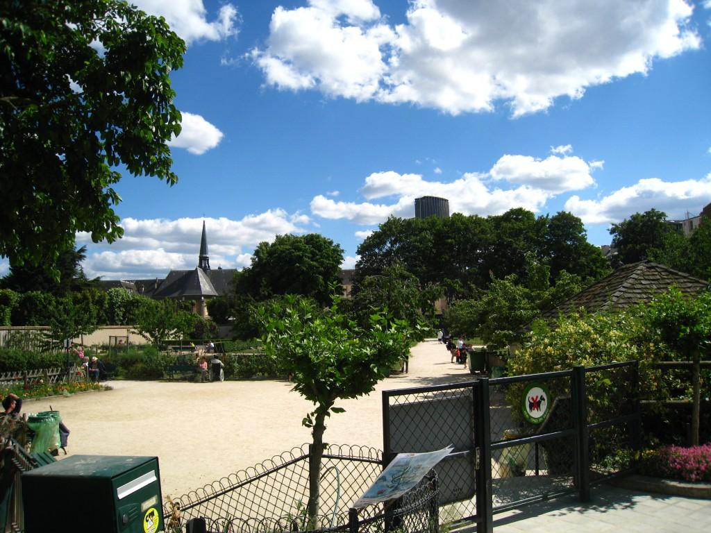 Jardin catherine labour my paris touch - Jardin catherine laboure ...